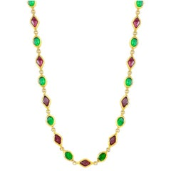 Chanel Vintage Green And Red Gripoix Necklace