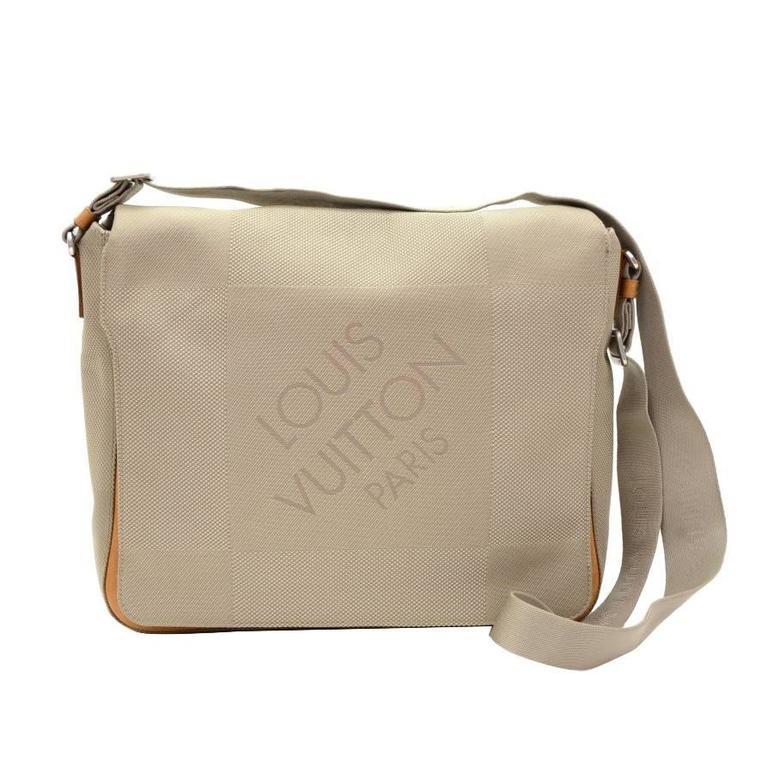 Louis Vuitton Messager Gray Damier Geant Canvas Laptop Bag For Sale