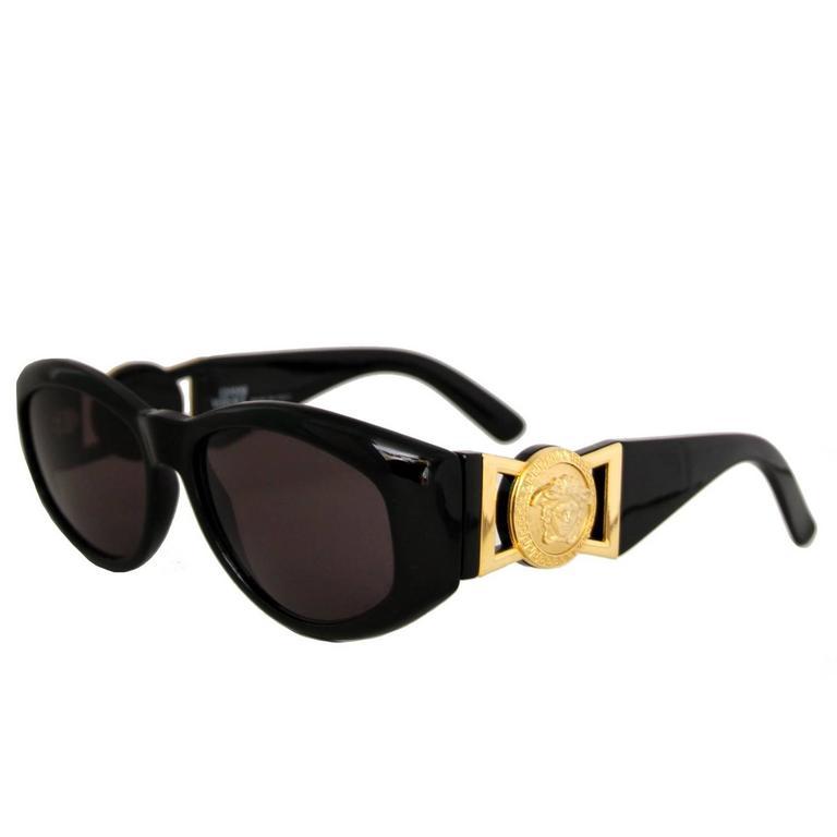90s Gianni Versace Black Sunglasses w. Gold Medusa 1