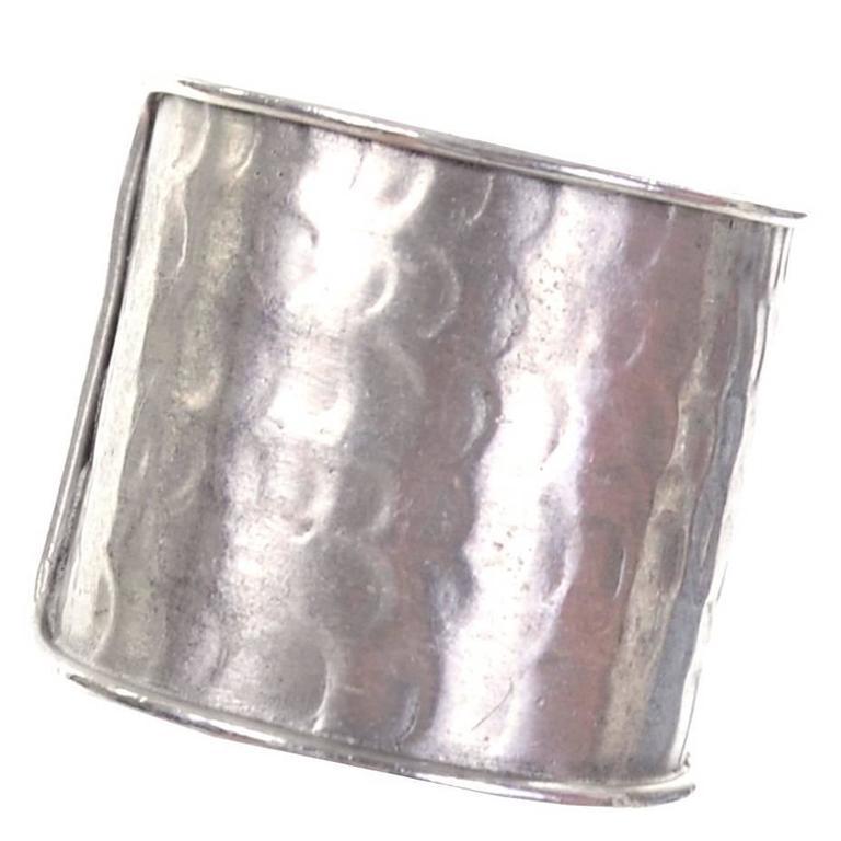 1970s Pauline Trigere Signed Vintage Hinged Hammered Cuff Bracelet  For Sale