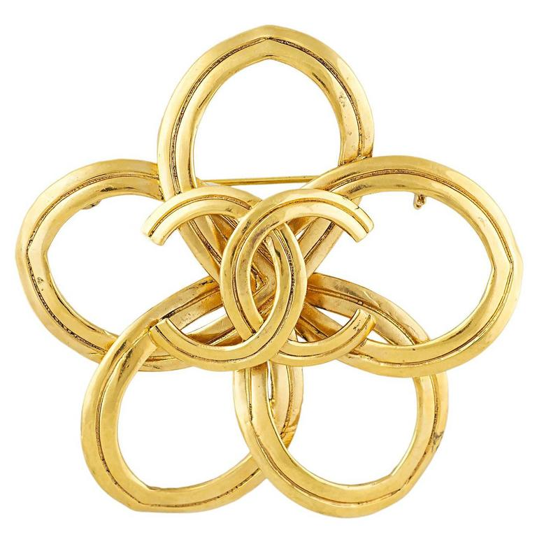 Chanel Abstract CC Brooch 1