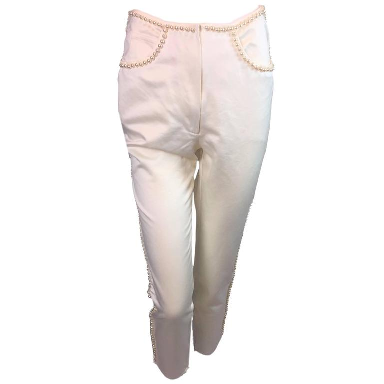 S/S 1992 Dolce & Gabbana Runway Pin-up Pearl Ivory Cigarette Capri Pants For Sale