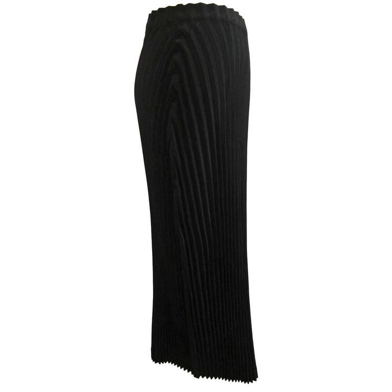 Issey Miyake Black Pleated Skirt