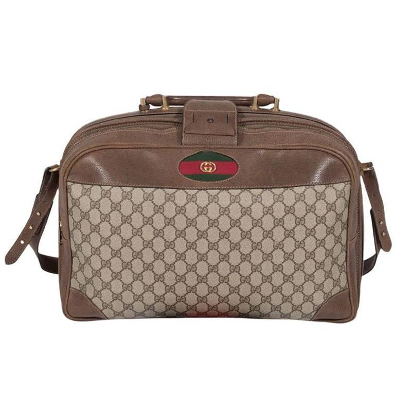 c5b1dacde32 Gucci Carry On Overnight Bag with Shoulder Strap For Sale at 1stdibs