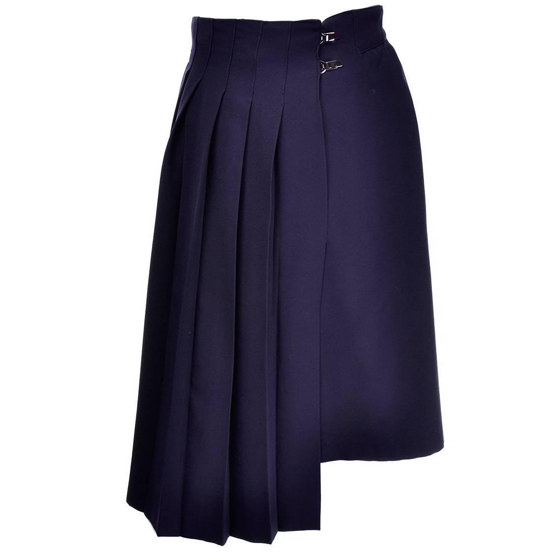 Claude Montana Vintage Black Avant Garde Car Wash Pleated Petal Skirt Navy Blue Wool Size 14