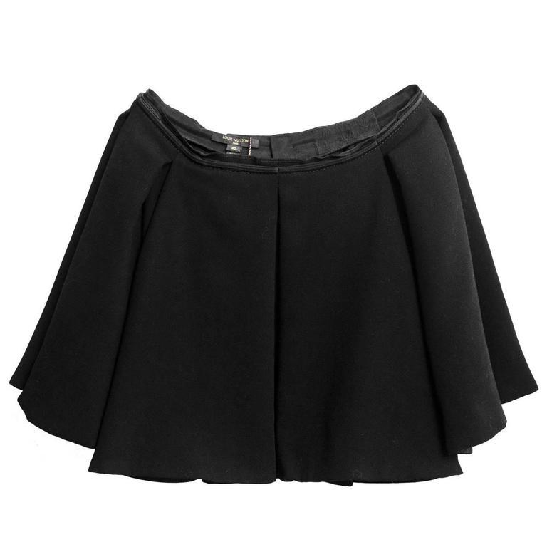 Louis Vuitton Wool Pleated Skater Skirt sz FR40