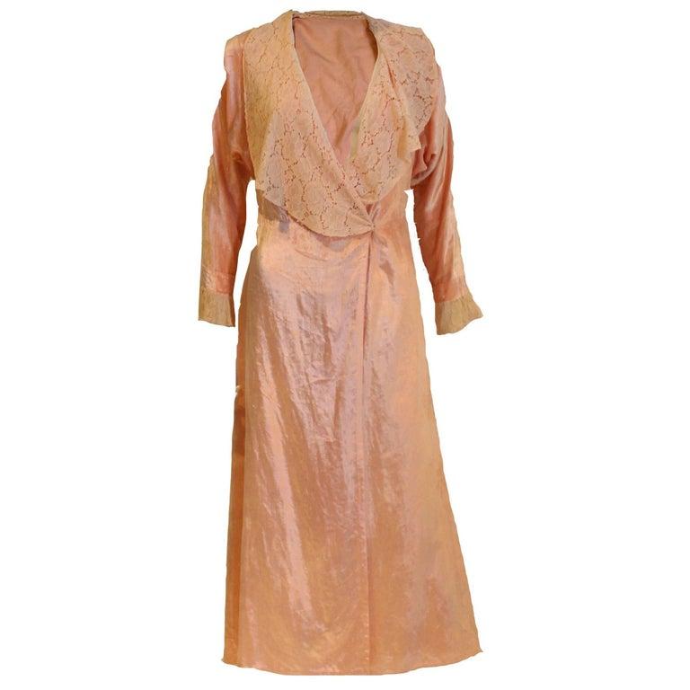 1930s Silk Velvet Dressing Gown For Sale at 1stdibs