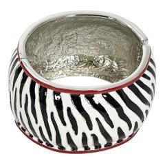 Black & White Oscar de la Renta Zebra Bangle