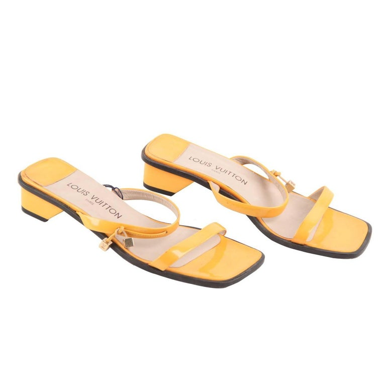 LOUIS VUITTON Yellow Patent Leather FLAT SANDALS Shoes SZ 38 For Sale