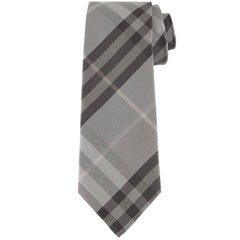 "Burberry Texture Check Silk Gray Tie - Size: 3"" (8cm)"