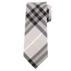 "Burberry Texture Check Silk Dusty Pink Tie - Size: 3"" (8cm)"