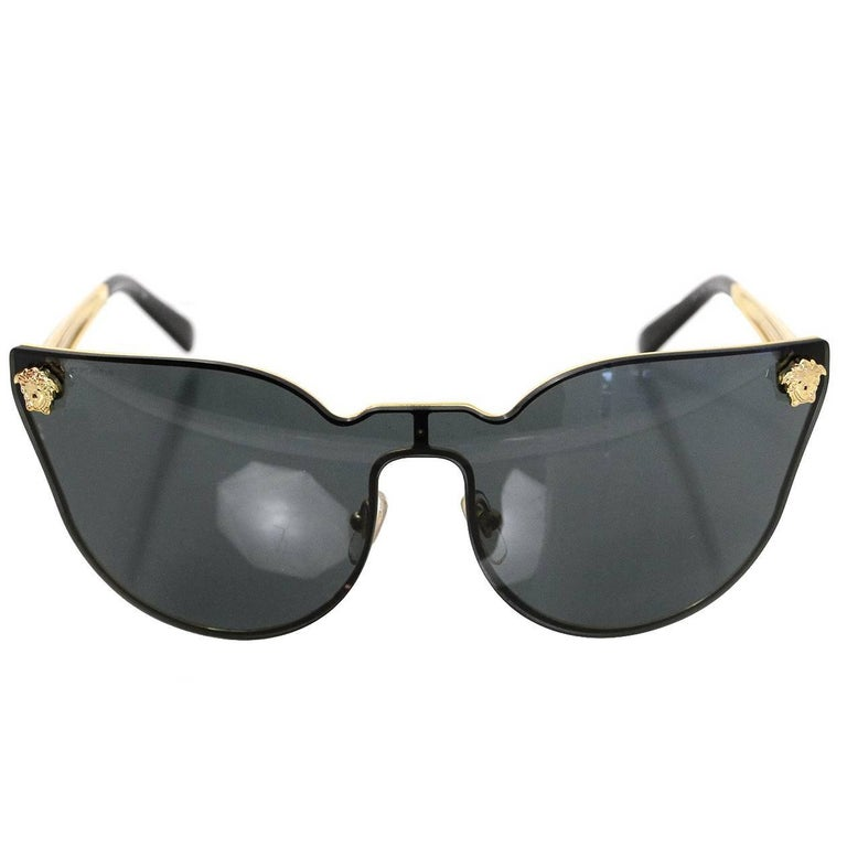 dfddb8104b2d Versace Black Medusa Cat-Eye Sunglasses with Box and Case For Sale ...