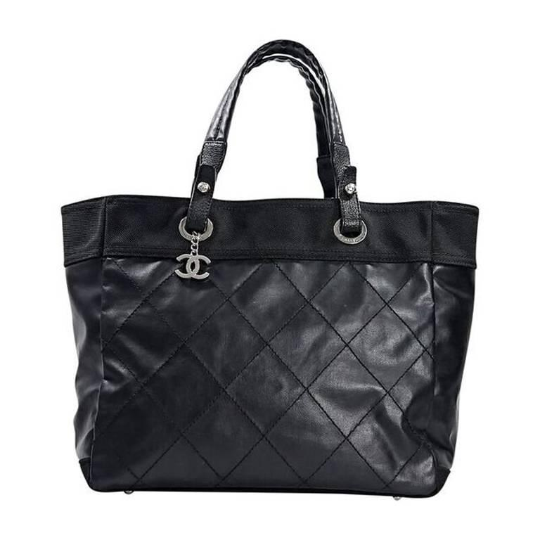 e4a539e3ac30 Black Chanel Quilted Paris Biarritz Tote Bag For Sale at 1stdibs