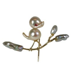 Biwa Pearl Birdie Stickpin Brooch