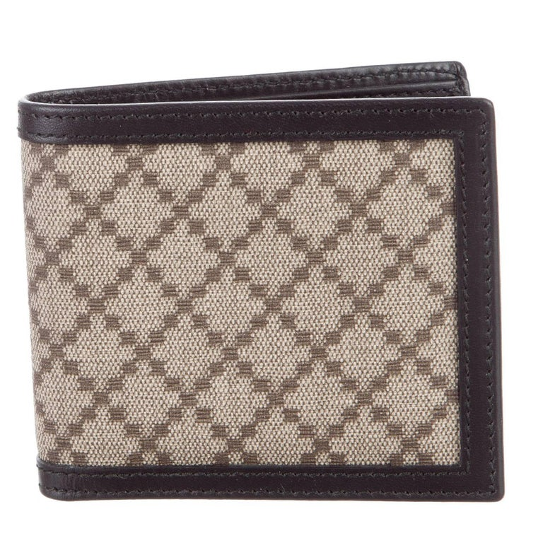 89c8cea7b72a Gucci New Monogram Canvas Leather Men's Bifold Suit Wallet in Box For Sale