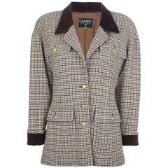 Chanel Houndstooth Vintage Wool Jacket, 1980s