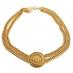 Chanel Gold Medallion Charm Double Chain Evening Link Pendant Choker Necklace