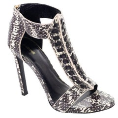 Roberto Cavalli Womens Snake Skin T Strap Heeled Sandals Pumps