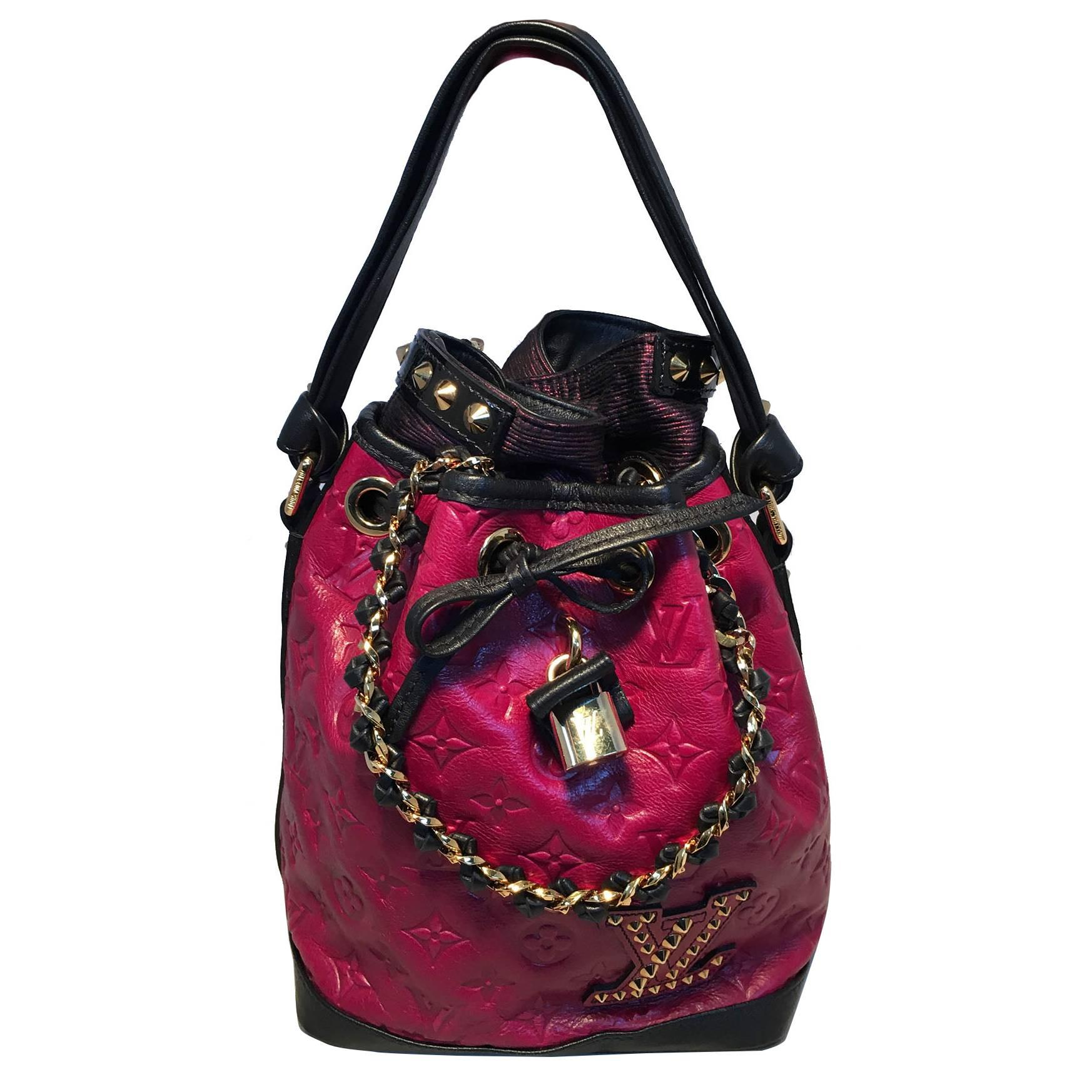 Louis Vuitton Ltd Ed Double Jeu Neo Noe Cranberry Bucket Bag, Fall/winter 2010