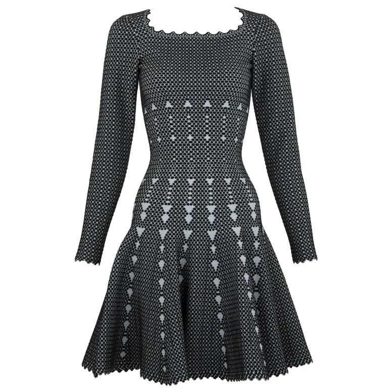 Alaia Black and Gray Knit Jacquard Fit & Flare Dress - Size FR 36 For Sale