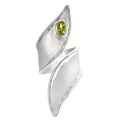 0.50 Carat Peridot Fine silver 950 Statement wrap Ring