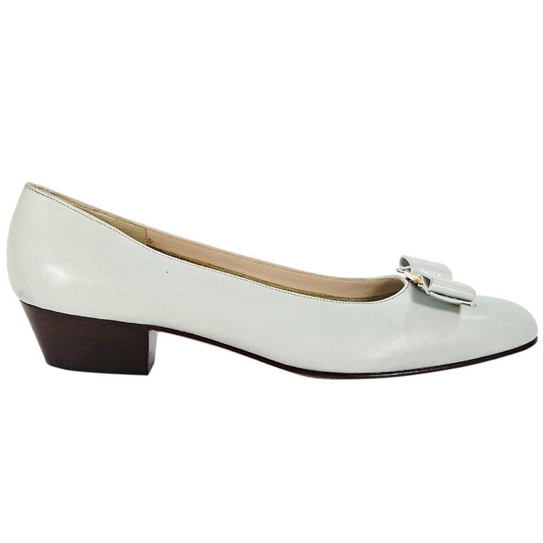 Light Grey Salvatore Ferragamo Leather Ballet Flats For Sale