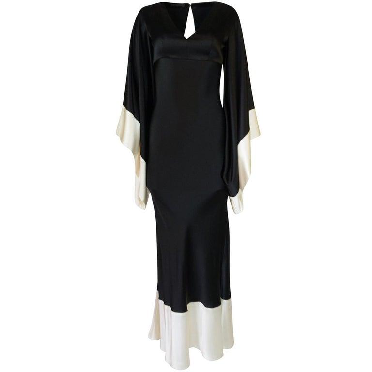 Recent Alexander McQueen Kimono Sleeve Black & White Silk Dress For Sale