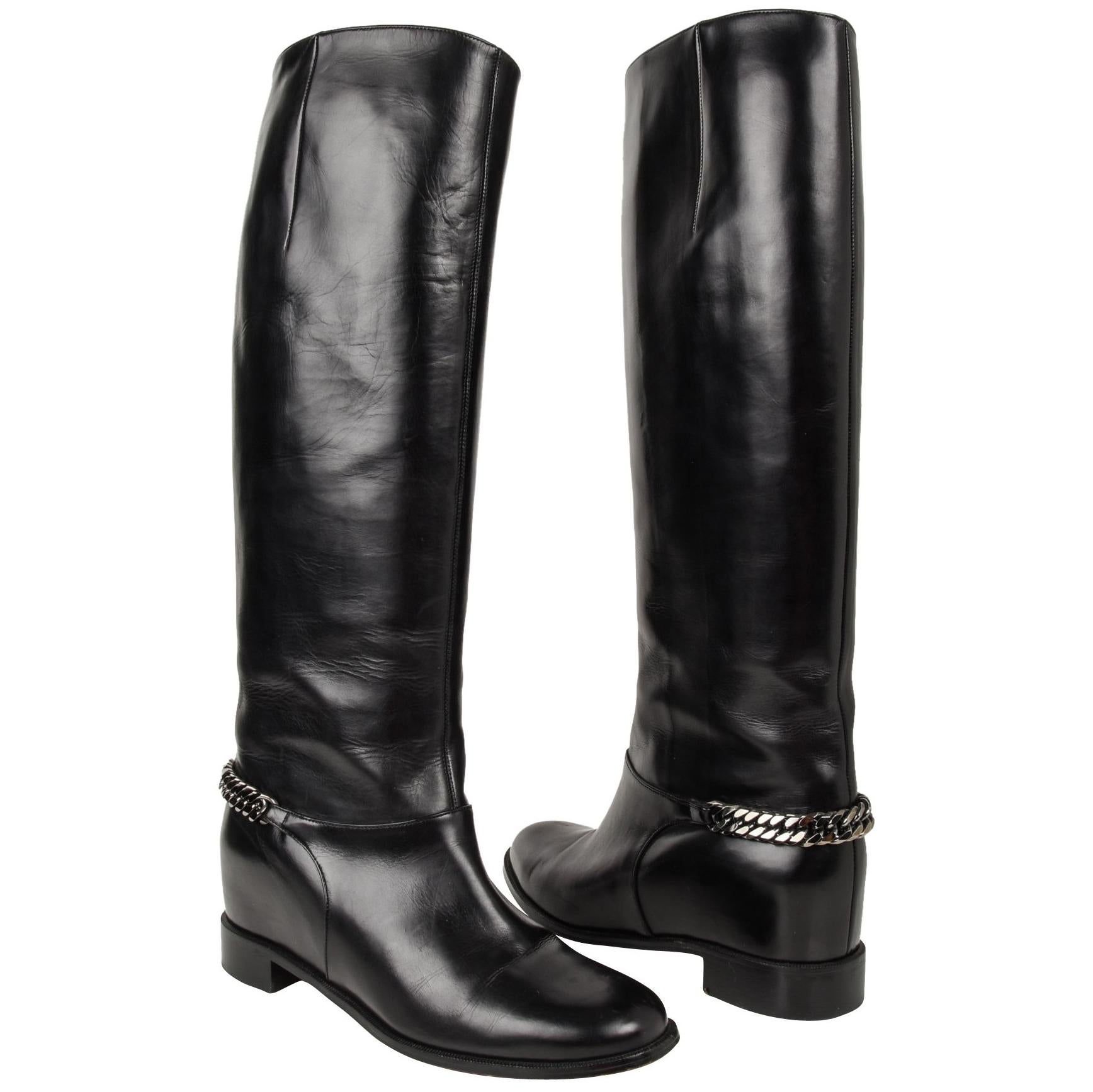 cd78bd90bff Christian Louboutin Boot Black Cate Flat Knee High Chain Detail 39   9 For  Sale at 1stdibs
