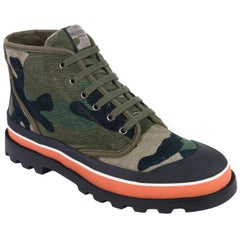 2ad4a5ec6d9 Valentino Men s Green Camouflage Canvas Desert Boots Size.  HomeFashionClothingShoes. New Valentino Garavani  Astro Couture  Stretch  Suede Over-the-Knee ...