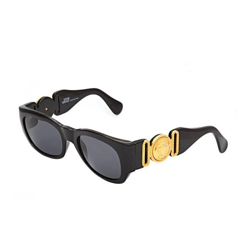 dd484b9c80e4 Vintage Gianni Versace Sunglasses Mod 413 A For Sale at 1stdibs