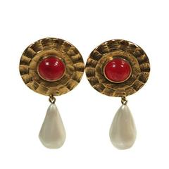 Chanel Red Gripoix Center Circular Gold Tone Clip-on Earrings with Pearl Drop