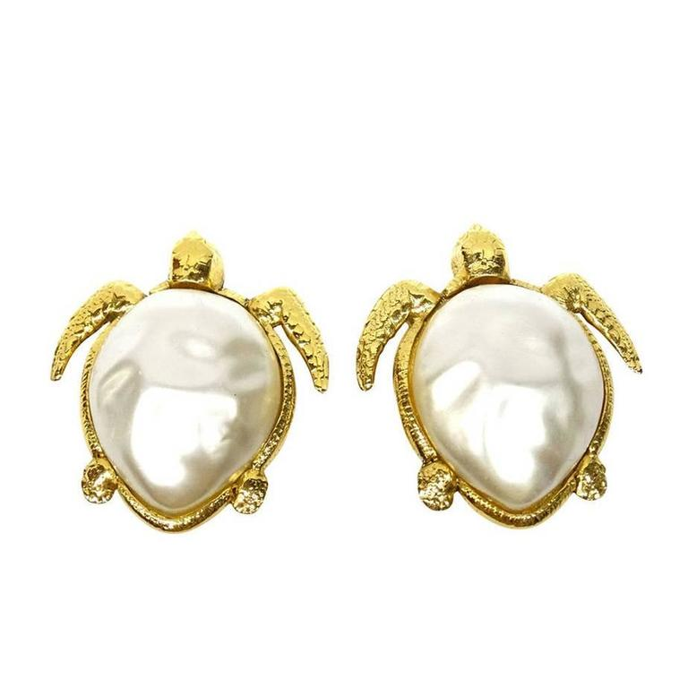 1980's Chanel Pearl Sea Turtle Earring For Sale