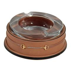 GUCCI VINTAGE HEAVY GLASS Crystal ASHTRAY with Tan Leather ROUND Base AS210