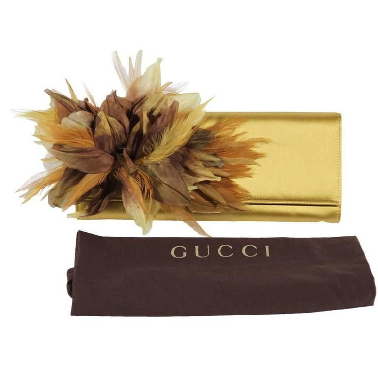 GUCCI Auth Yellow Satin ANGELICA CLUTCH Handbag EVENING BAG Feather Appliqued For Sale