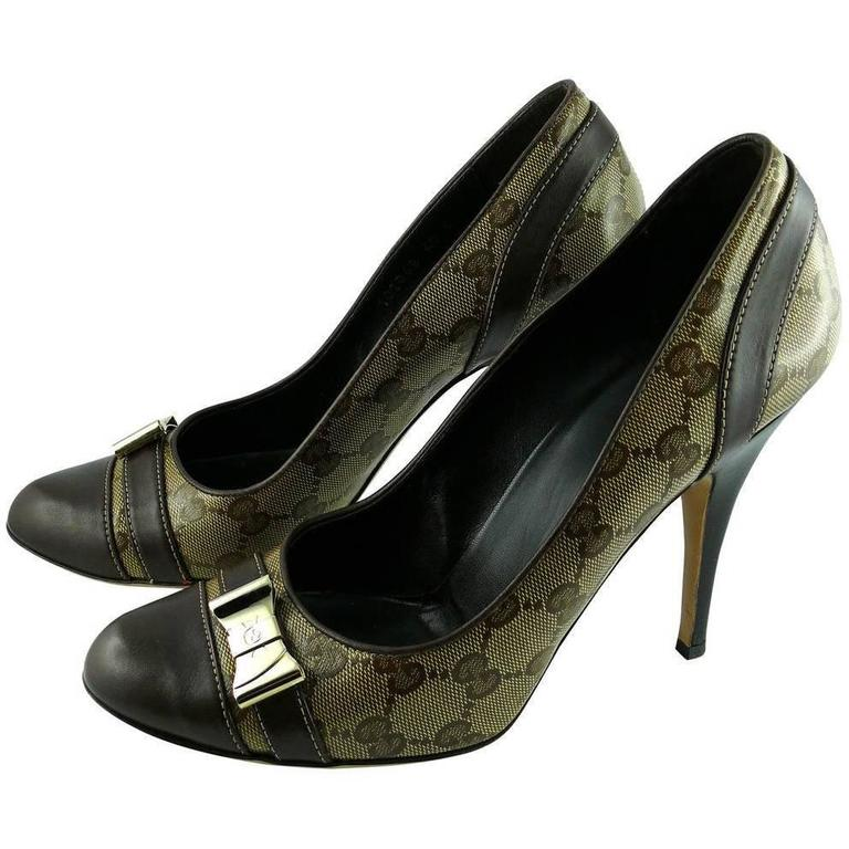 9a74d1895fa Gucci GG Monogram Coated Canvas Heels Pumps For Sale at 1stdibs