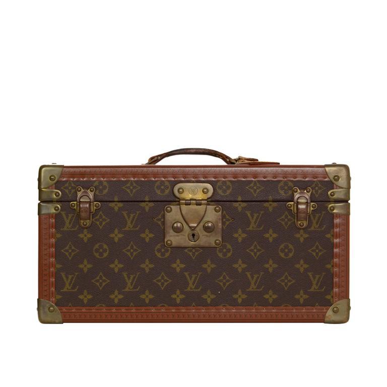 e008a8c22c80 Louis Vuitton Vintage Monogram Beauty Case BHW For Sale at 1stdibs