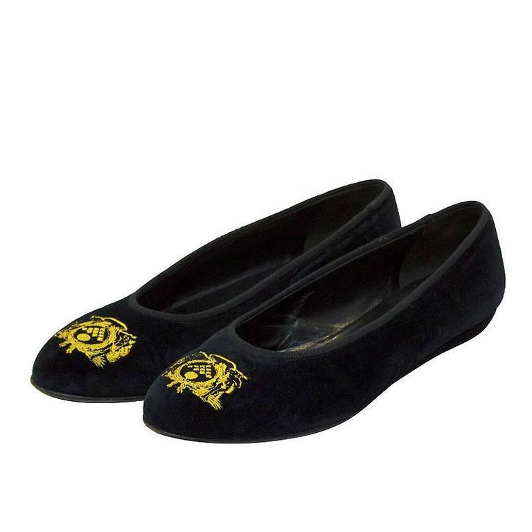 1980's Bottega Veneta Black Velvet Crested Ballet Slippers For Sale