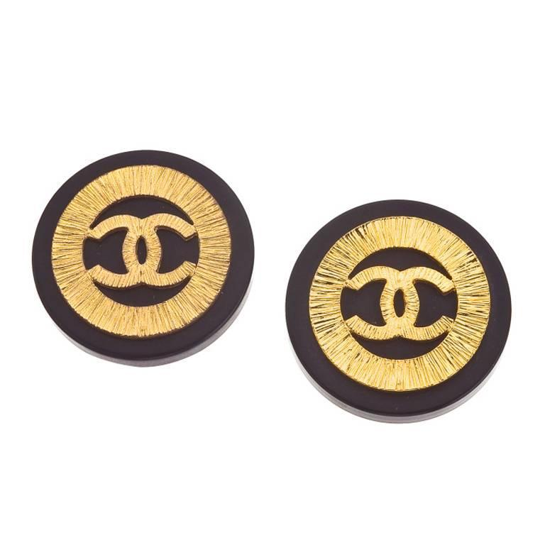 Vintage Chanel Black and Gold CC Clip-On earrings  1