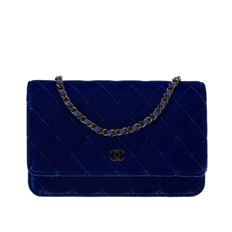 Chanel Electric Blue Velvet Classic Quilted Wallet On Chain (WOC) For Sale