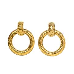 Chanel Vintage '70s Gold Quilted Hoop Clip On Earrings