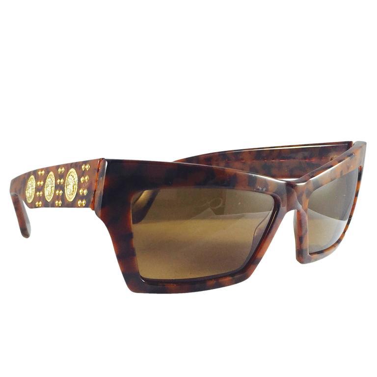 4d0ba59eef1f 1990s Gianni Versace Tortoise Wayfarer Sunglasses With Mudusa Head Temples  For Sale