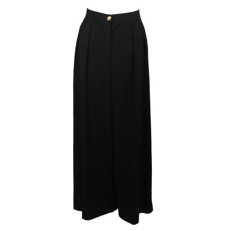 Chanel Black Wide Leg Pleated Slacks with Gold hardware Size Small 26 For Sale