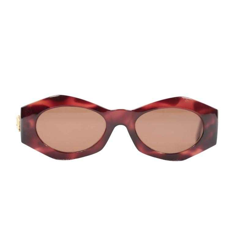 8229bd4b9e GIANNI VERSACE RARE Vintage Brown MEDUSA SUNGLASSES Mod 422 Col 900 w Case  MY For Sale at 1stdibs
