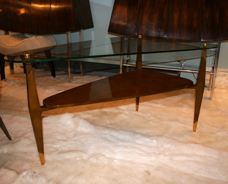 Raphael Triangular Coffee Table In Good Condition For Sale In New York, NY