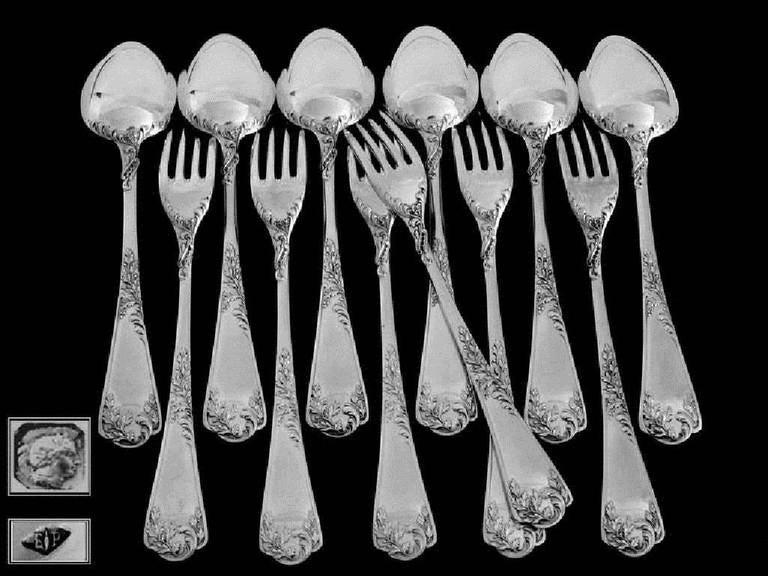 Puiforcat French Sterling Silver Dessert Entremet Flatware Set 12 Pieces Rococo In Excellent Condition For Sale In TRIAIZE, PAYS DE LOIRE