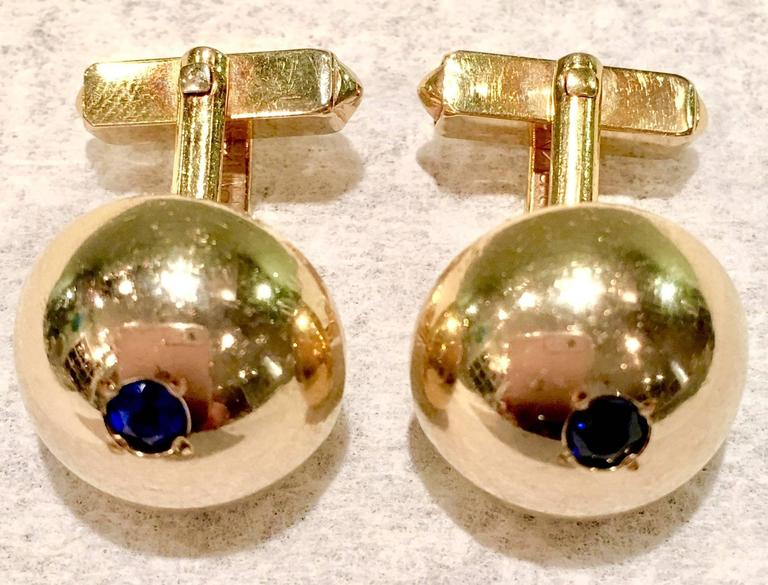 1950'S 12-Karat Gold Filled & Sapphire Blue Glass Cuff Links By, Swank In Good Condition For Sale In West Palm Beach, FL