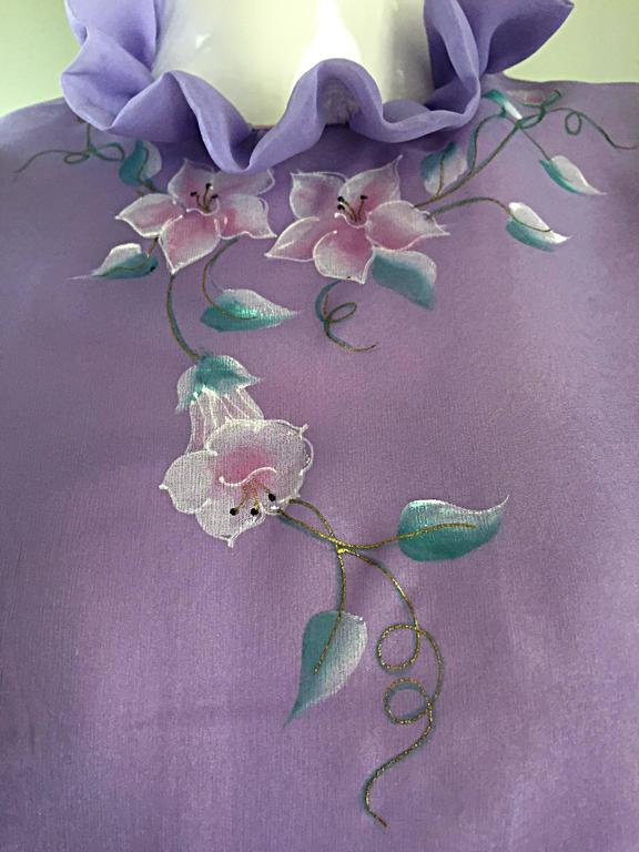 Beautiful Vintage Richilene Light Purple / Lilac Hand Painted Flower Silk Dress For Sale 2