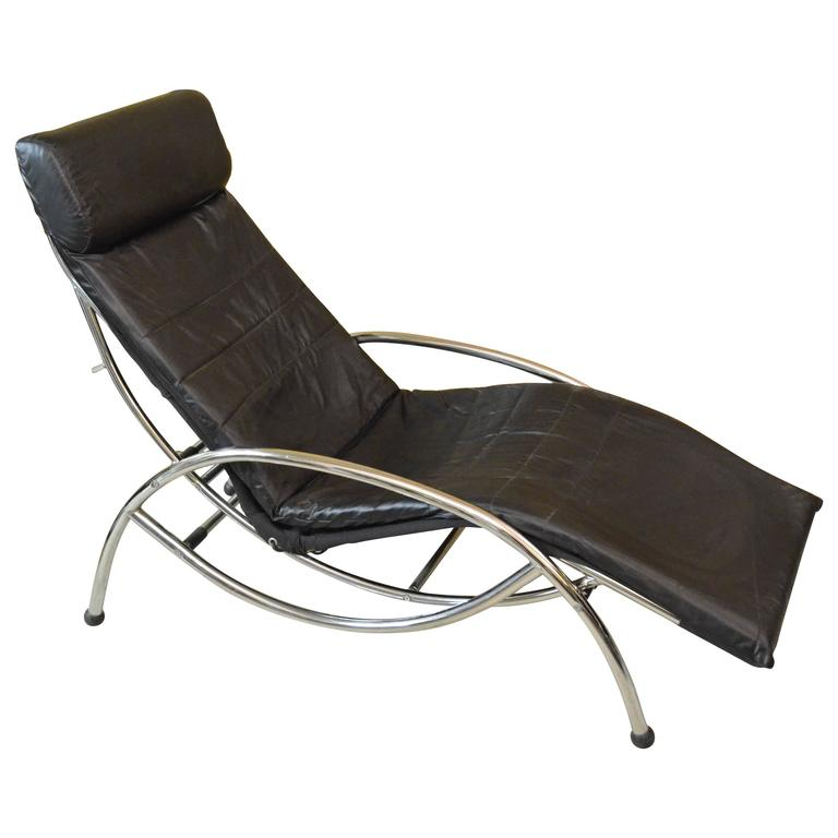 Late 20th century chaise longue leather seat and aluminium for Chaise longue aluminium et textilene