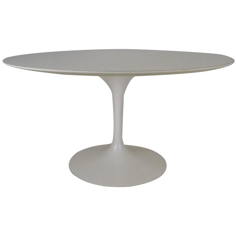 Early Saarinen for Knoll Tulip Table, USA, 1960s For Sale