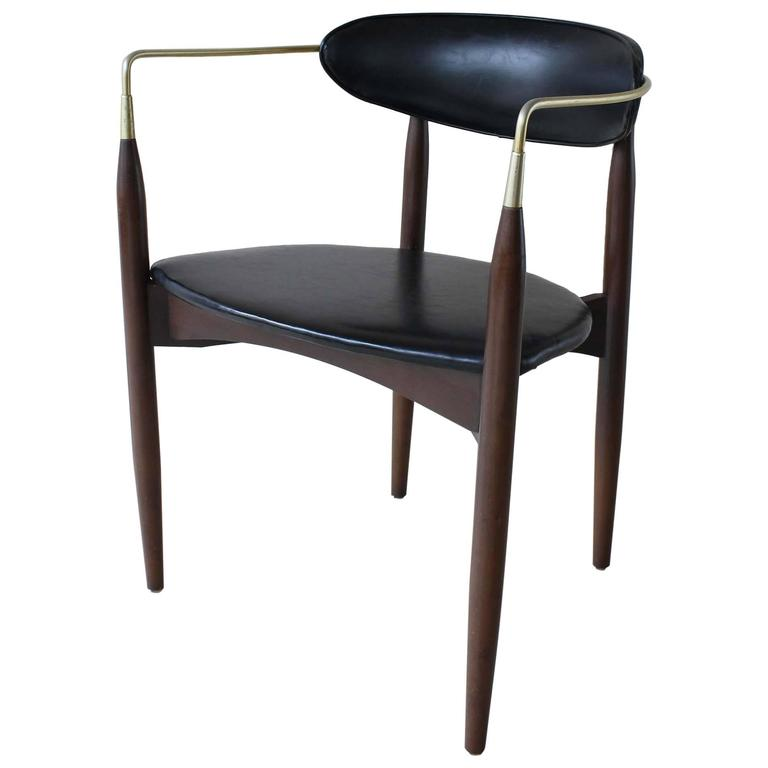 Dan Johnson Viscount Chair 1